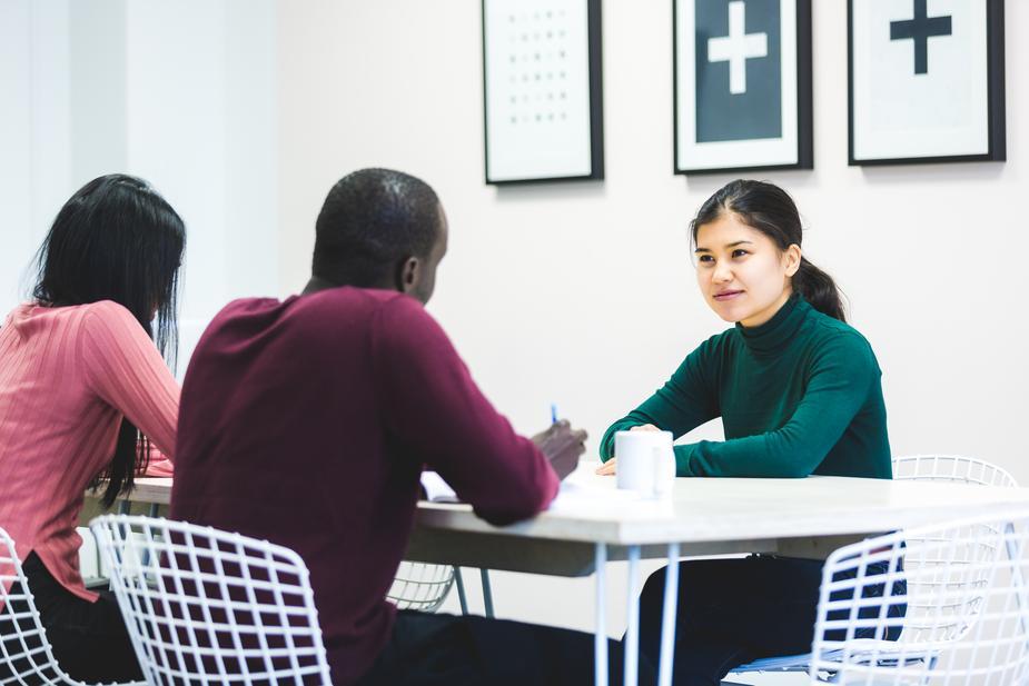 recruter des jeunes